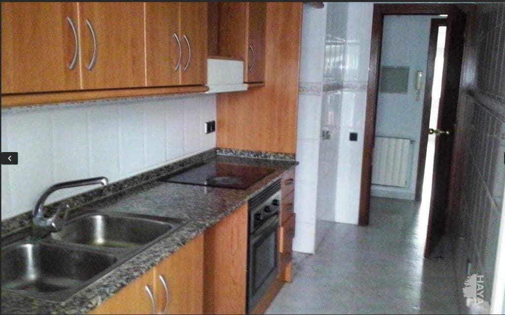 Piso en venta en Vilalba Sasserra, Barcelona, Calle Barcelona, 129.200 €, 3 habitaciones, 1 baño, 86 m2