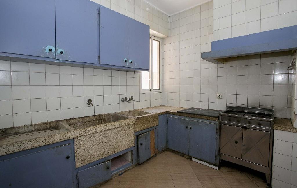Piso en venta en Urbanización Nueva Onda, Onda, Castellón, Avenida Pais Valencia, 19.000 €, 3 habitaciones, 2 baños, 88 m2