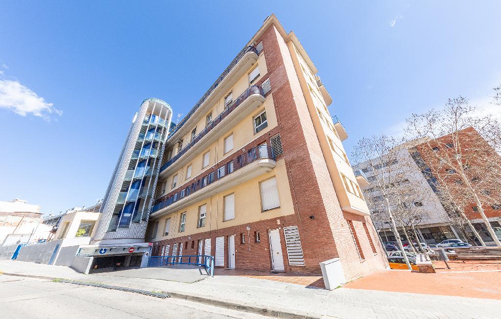 Parking en venta en Sabadell, Barcelona, Calle Mozart, 7.500 €, 21 m2