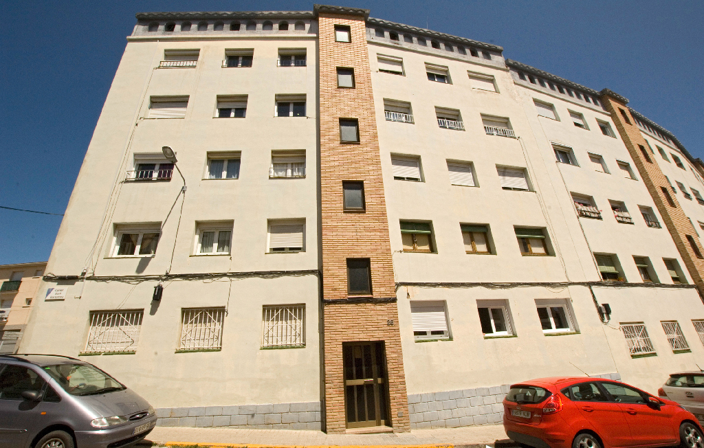 Piso en venta en Santa Margarida de Montbui, Barcelona, Calle Sant Bartomeu, 39.000 €, 3 habitaciones, 1 baño, 74 m2