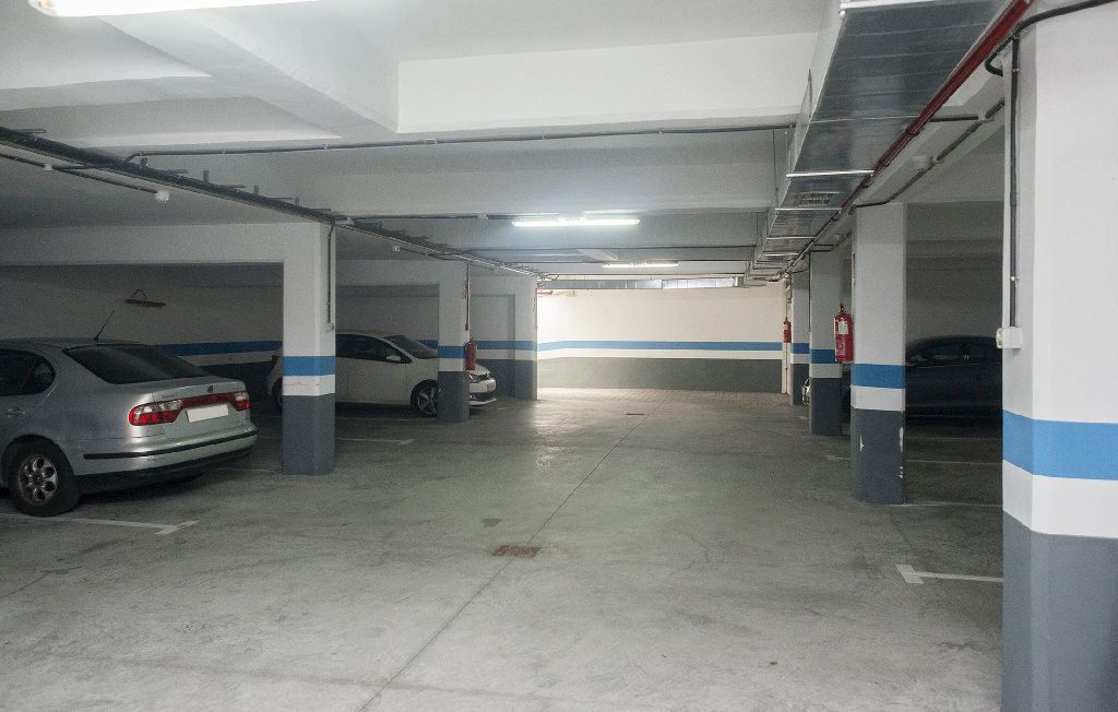 Parking en venta en Parking en Adeje, Santa Cruz de Tenerife, 6.250 €, 125 m2