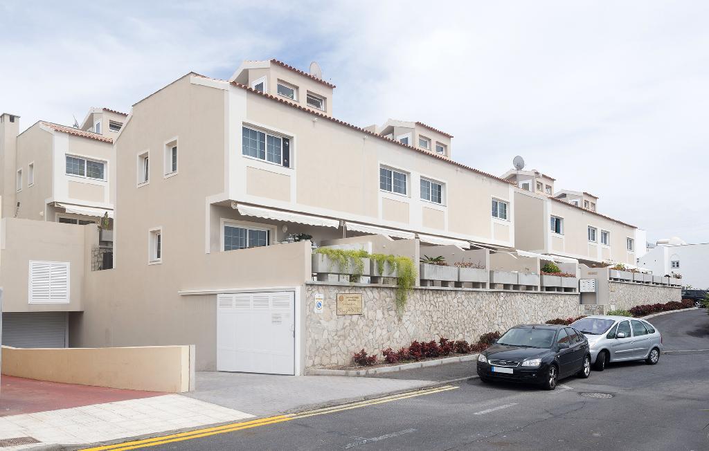 Parking en venta en Parking en Adeje, Santa Cruz de Tenerife, 7.000 €, 125 m2