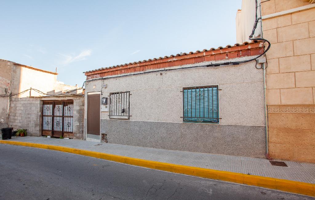 Casa en venta en Benejúzar, Alicante, Calle Primero de Mayo, 23.000 €, 1 habitación, 1 baño, 106 m2