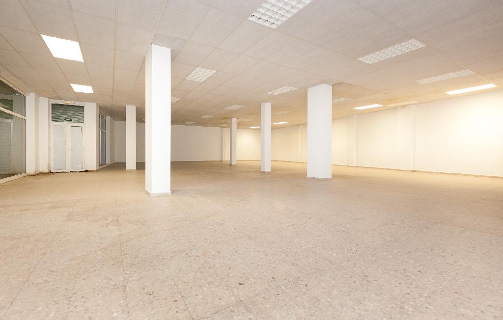 Local en venta en Salt, Girona, Calle Angel Guimera, 89.500 €, 284 m2