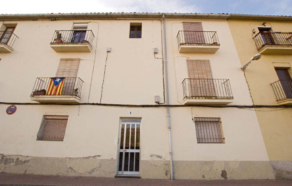 Piso en venta en Casserres, Barcelona, Calle Esteban Monegal, 31.500 €, 3 habitaciones, 2 baños, 70 m2
