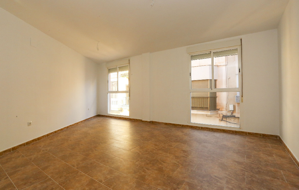 Piso en venta en Burriana, Castellón, Calle Buen Suceso, 50.500 €, 3 habitaciones, 2 baños, 101 m2