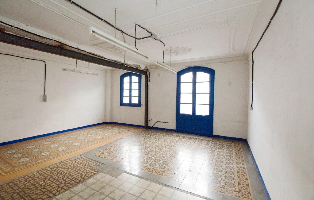 Piso en venta en Manresa, Barcelona, Carretera de Vic, 40.000 €, 1 habitación, 1 baño, 91 m2