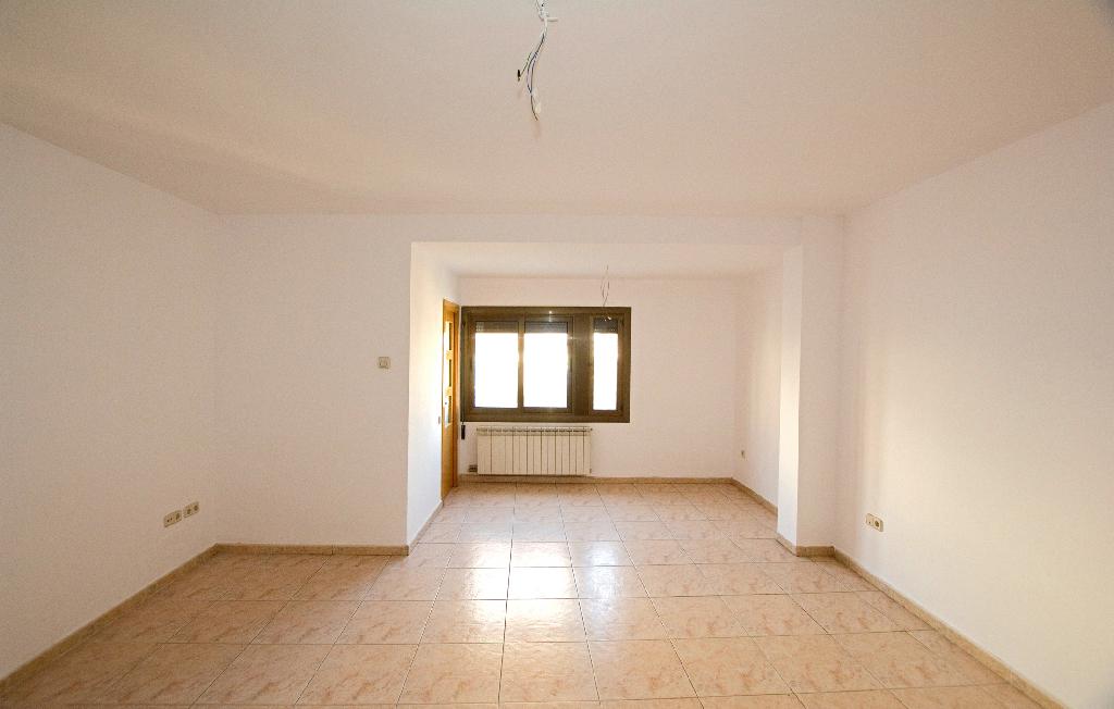 Piso en venta en Sant Joan de Vilatorrada, Barcelona, Calle Bruc, 75.000 €, 3 habitaciones, 1 baño, 101 m2