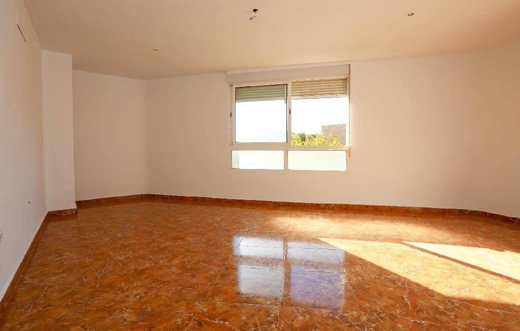 Piso en venta en Vila-real, Castellón, Calle Jose Ramon Batalla, 55.000 €, 3 habitaciones, 1 baño, 84 m2