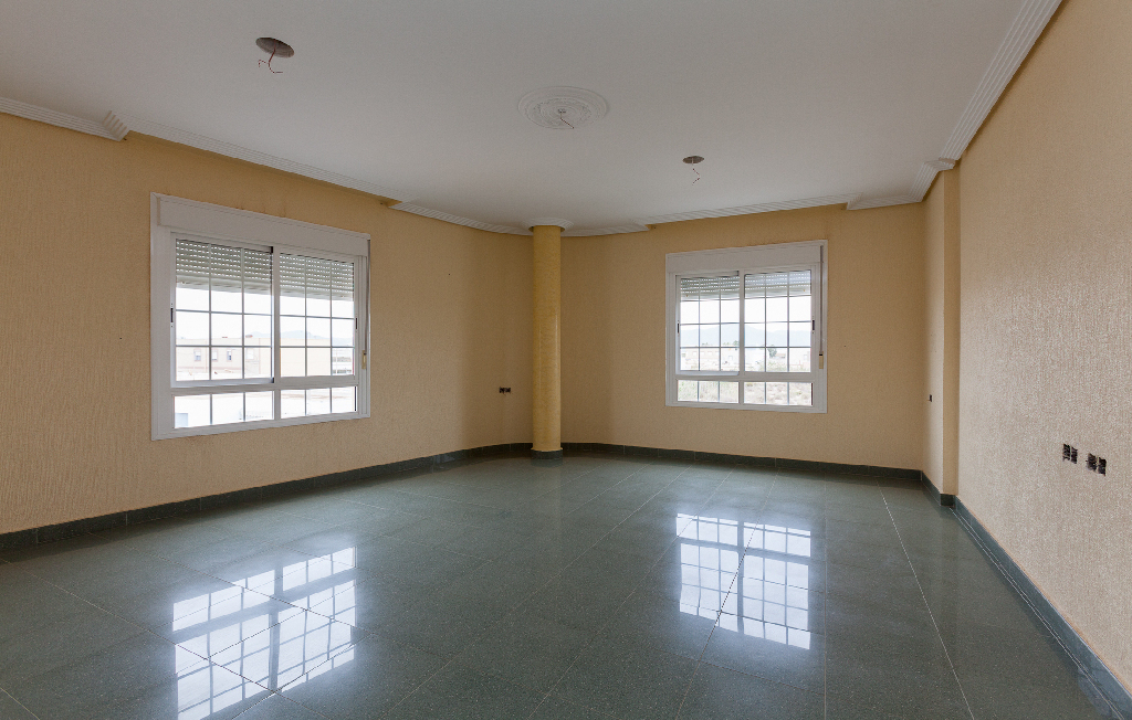 Casa en venta en Almería, Almería, Calle del Limite, 185.000 €, 4 habitaciones, 2 baños, 479 m2