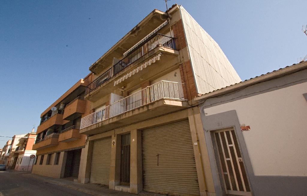Piso en venta en Sant Vicenç de Castellet, Barcelona, Calle Soler Puigdollers, 45.000 €, 3 habitaciones, 1 baño, 74 m2