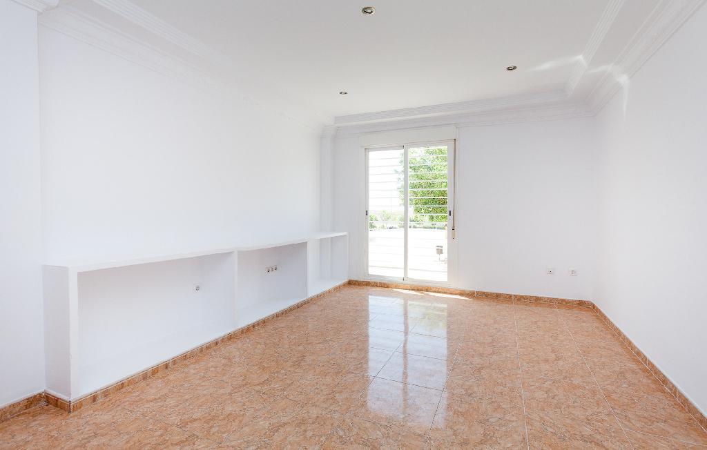 Piso en venta en Vícar, Almería, Calle Española, 43.000 €, 2 habitaciones, 1 baño, 77 m2