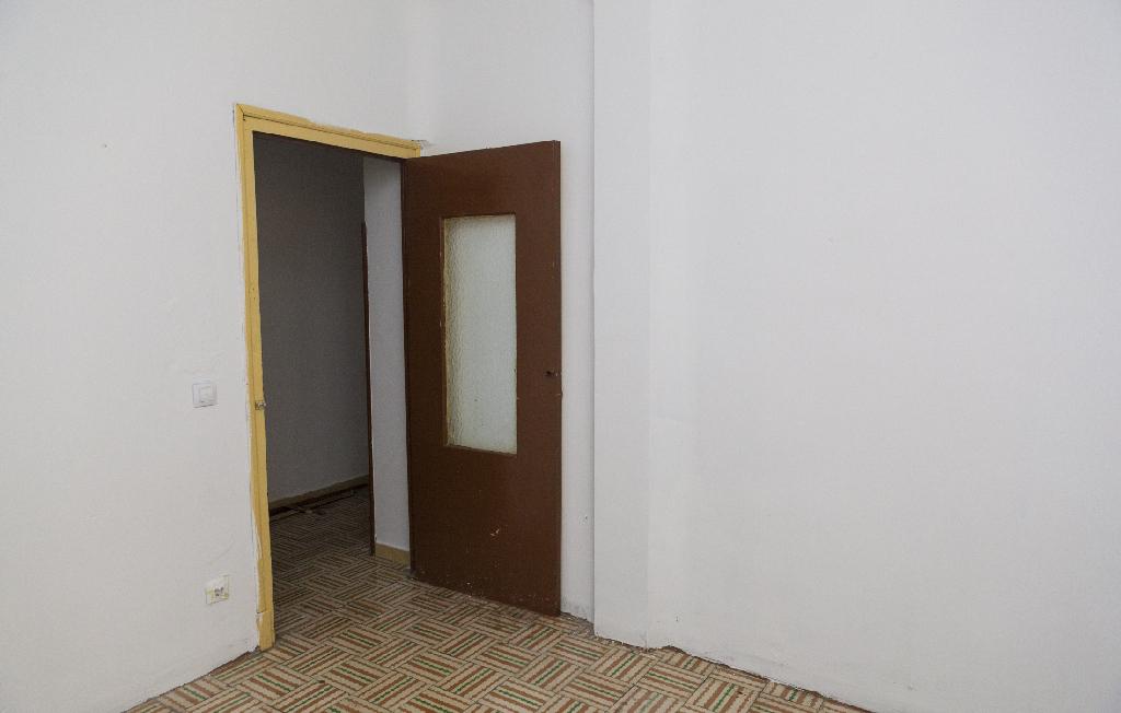 Piso en venta en Piso en Briviesca, Burgos, 10.500 €, 3 habitaciones, 2 baños, 81 m2
