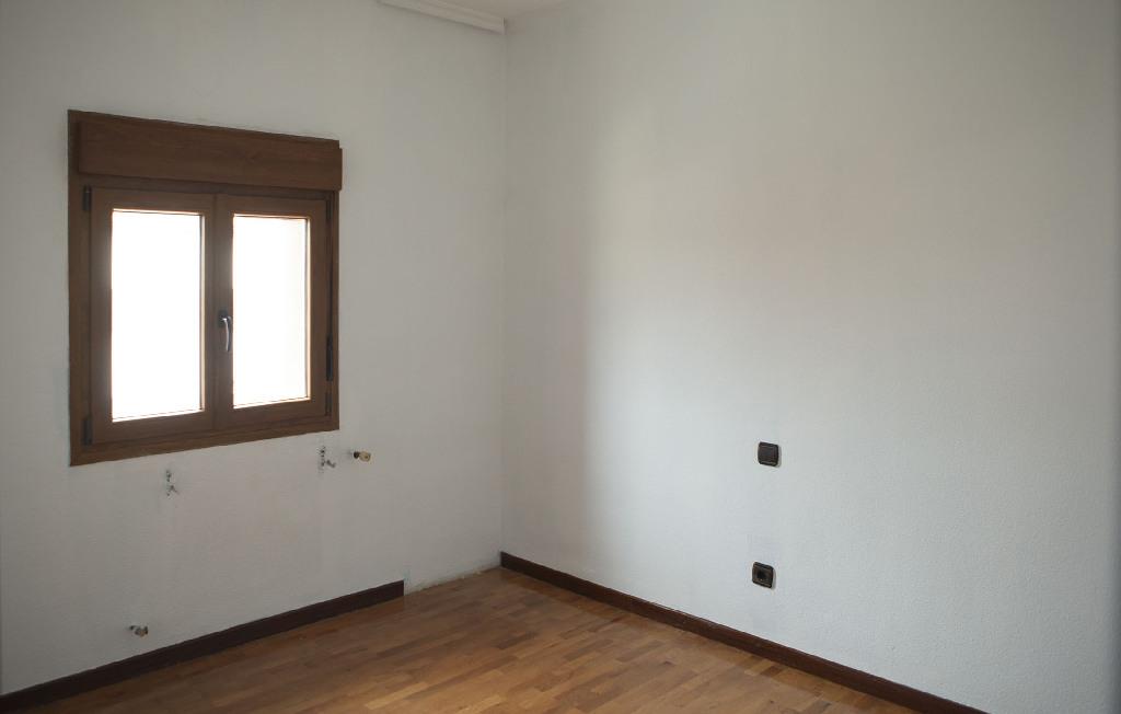 Piso en venta en Palencia, Palencia, Calle Casas Hogar Segunda, 31.000 €, 2 habitaciones, 1 baño, 49 m2