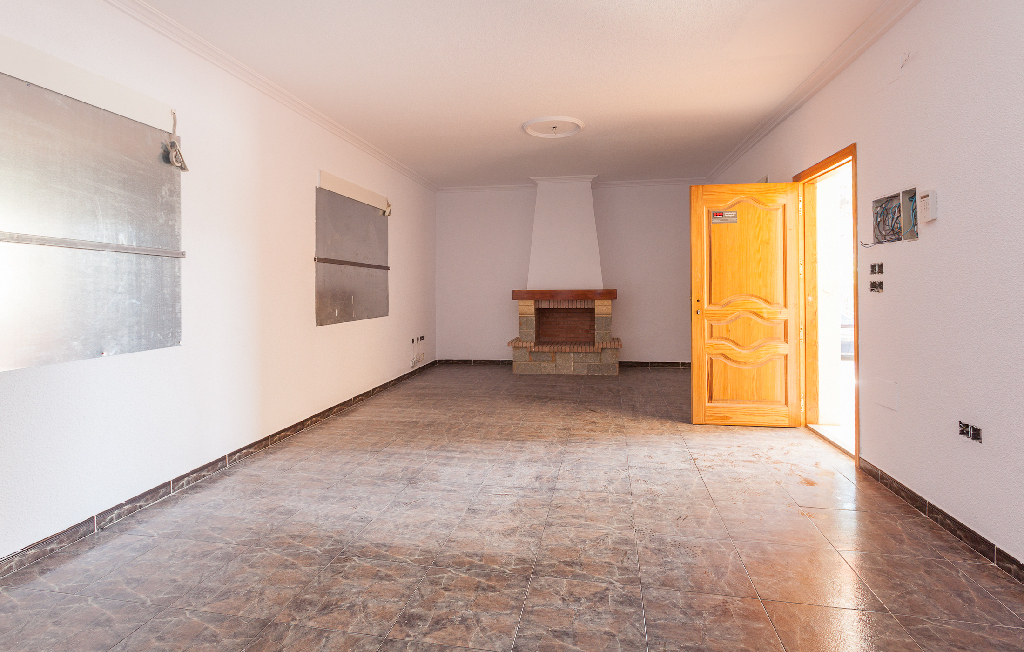 Casa en venta en Redován, Alicante, Calle Benito Perez Galdos, 66.500 €, 3 habitaciones, 2 baños, 224 m2