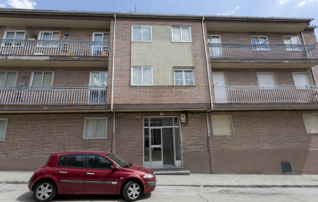 Piso en venta en Alba de Tormes, Salamanca, Calle Cuesta del Castillo, 45.000 €, 3 habitaciones, 2 baños, 96 m2