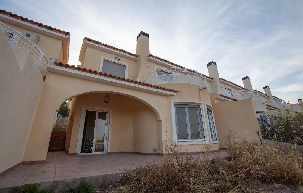 Casa en venta en Gata de Gorgos, Alicante, Calle Ametllers, 117.000 €, 3 habitaciones, 2 baños, 109 m2