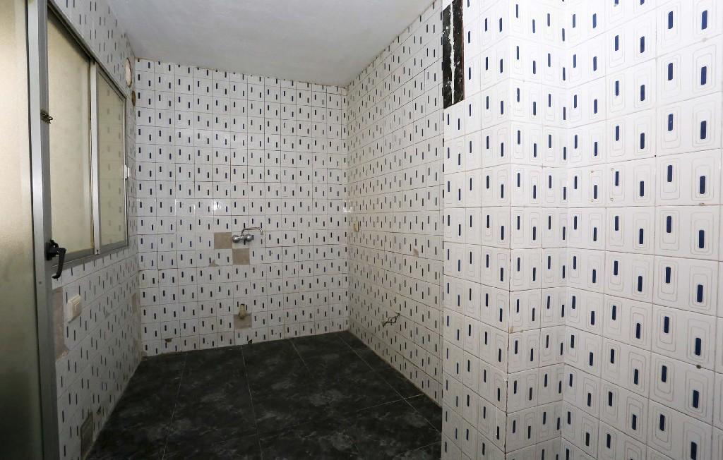 Piso en venta en Grupo Pío Xii, Vila-real, Castellón, Calle Cinctorres, 44.500 €, 4 habitaciones, 1 baño, 97 m2