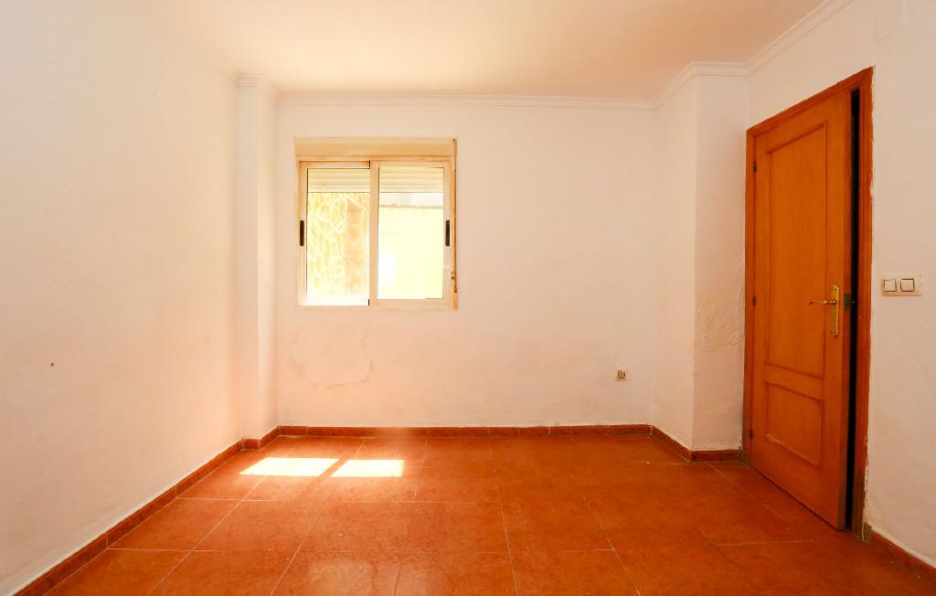Piso en venta en Sagunto/sagunt, Valencia, Calle Caruana, 30.000 €, 3 habitaciones, 1 baño, 75 m2