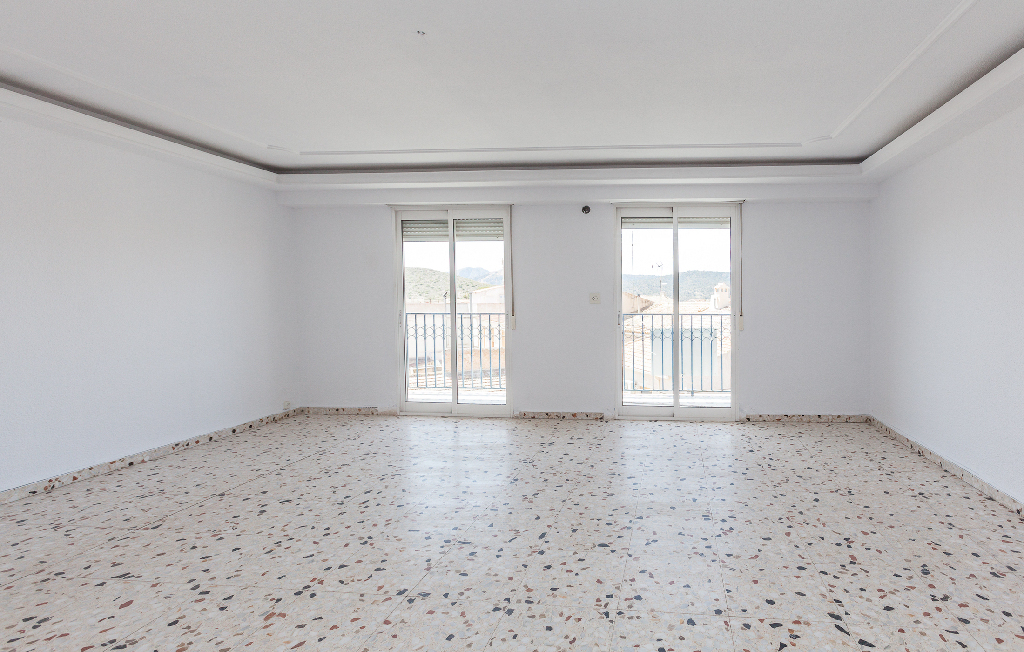 Piso en venta en Algueña, Alicante, Calle Capitan Cortes, 18.500 €, 3 habitaciones, 2 baños, 130 m2