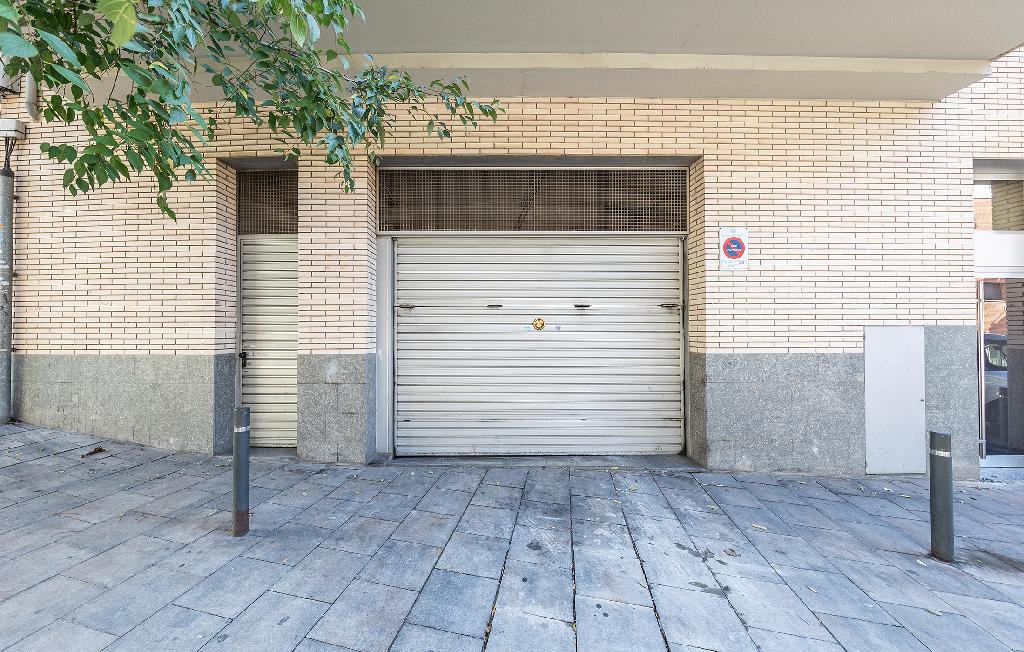 Parking en venta en Les Guixeres, Badalona, Barcelona, Calle Circunvalacion, 8.500 €, 22 m2