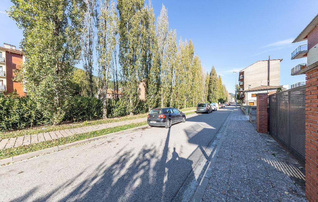 Parking en venta en Casadessús, Ripoll, Girona, Calle Antoni Gaudi I Cornet, 5.900 €, 28 m2