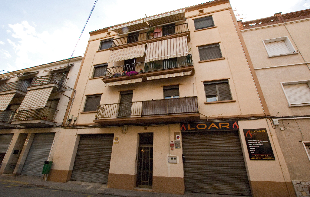 Piso en venta en Sant Joan de Vilatorrada, Barcelona, Calle Tarragona, 53.000 €, 3 habitaciones, 1 baño, 92 m2