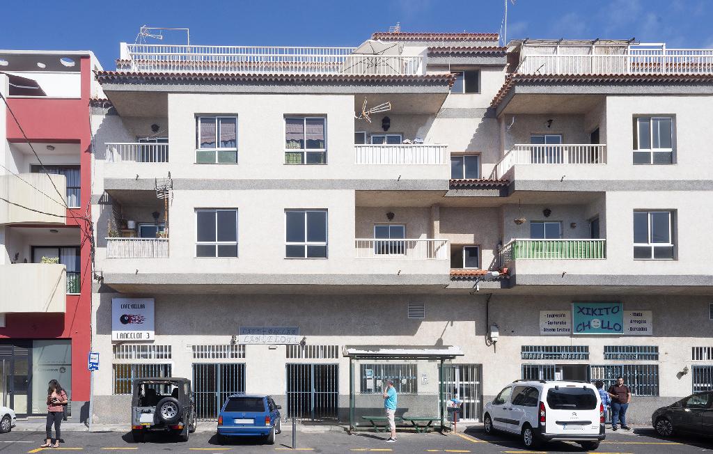 Piso en venta en La Victoria de Acentejo, Santa Cruz de Tenerife, Carretera General, 55.000 €, 3 habitaciones, 1 baño, 86 m2