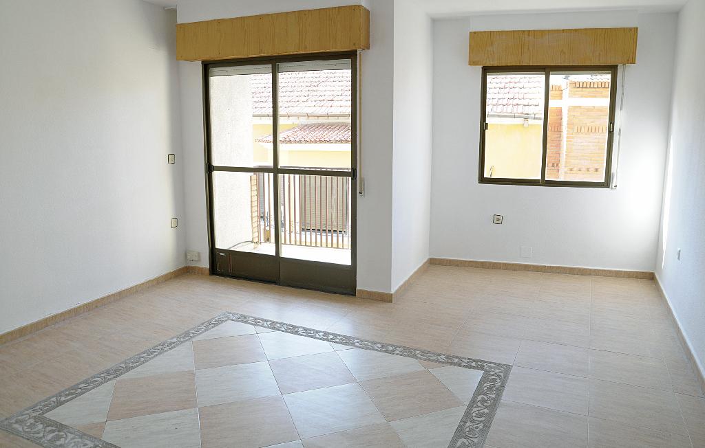 Piso en venta en Pedanía de Sangonera la Seca, Murcia, Murcia, Calle Luz, 60.000 €, 3 habitaciones, 1 baño, 101 m2