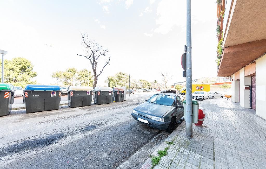 Parking en venta en Parking en Sabadell, Barcelona, 9.000 €, 27 m2