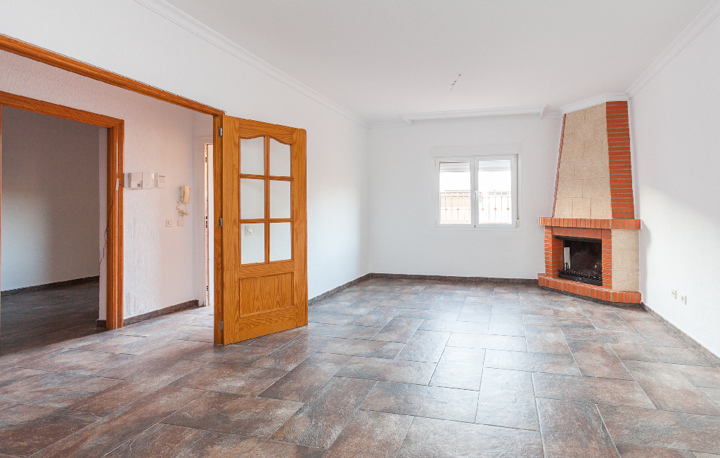 Casa en venta en Roquetas de Mar, Almería, Calle Juviles, 110.000 €, 5 habitaciones, 2 baños, 125 m2