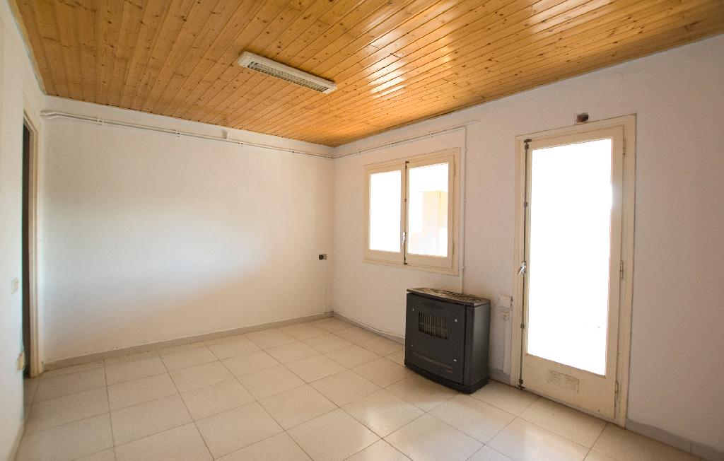 Piso en venta en Artés, Barcelona, Calle Barquera, 46.000 €, 4 habitaciones, 1 baño, 73 m2
