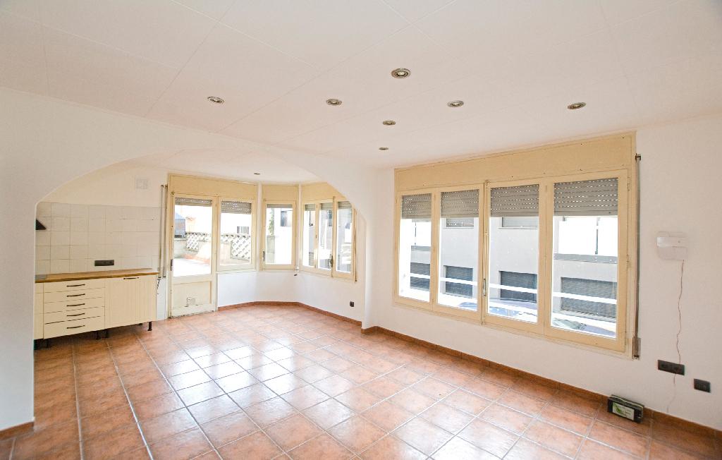 Casa en venta en Puig-reig, Barcelona, Calle Cami Sant Marçal, 84.000 €, 4 habitaciones, 1 baño, 118 m2
