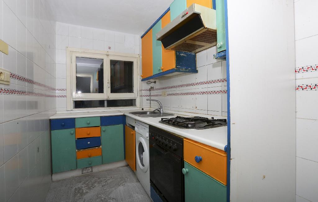 Piso en venta en Alcañiz, Teruel, Calle Subida de la Encomienda, 23.500 €, 2 habitaciones, 1 baño, 64 m2