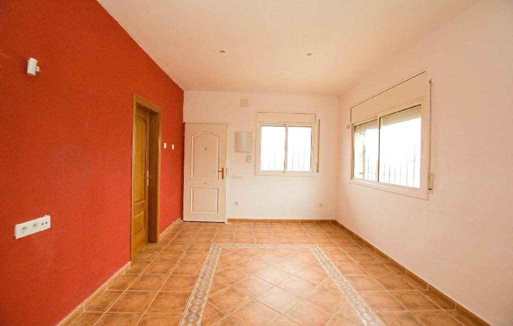 Casa en venta en Piera, Barcelona, Avenida Can Creixell, 144.000 €, 2 habitaciones, 1 baño, 107 m2