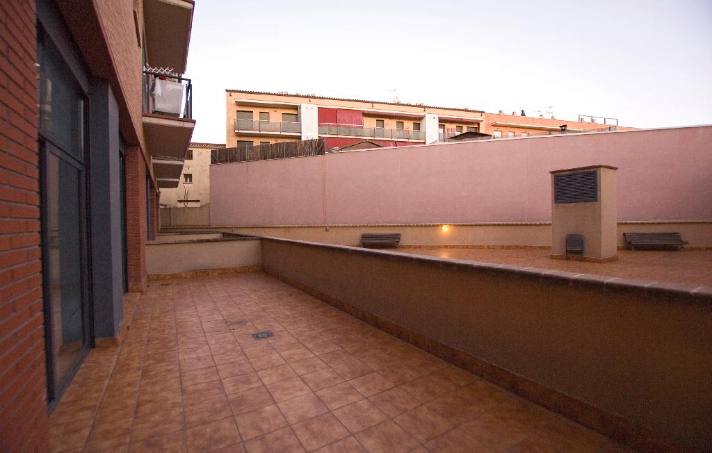 Oficina en venta en Oficina en Igualada, Barcelona, 35.000 €, 63 m2