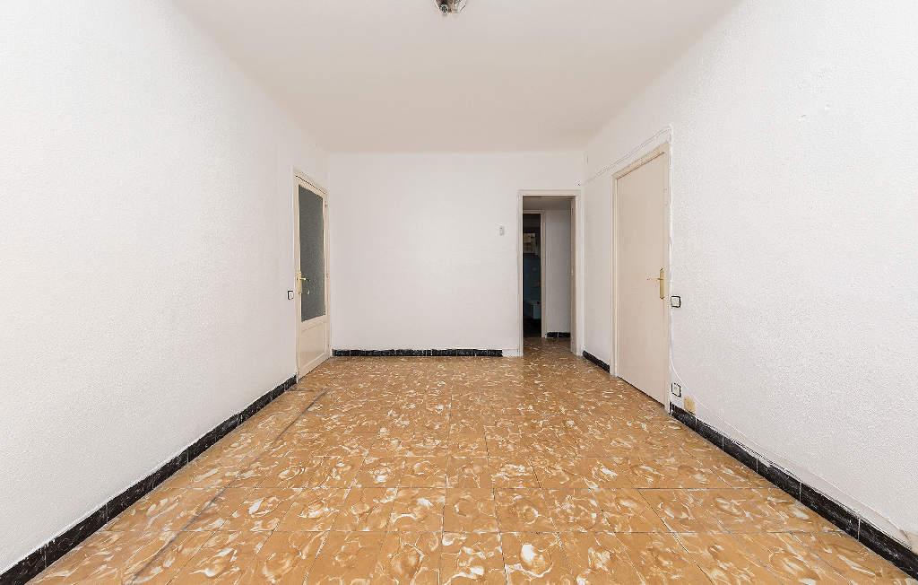 Piso en venta en Badalona, Barcelona, Calle Cuba, 87.500 €, 3 habitaciones, 1 baño, 66 m2