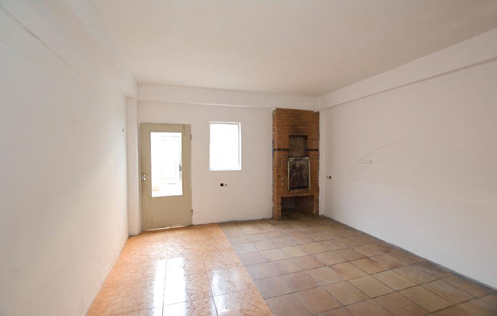 Casa en venta en Sant Joan de Vilatorrada, Barcelona, Calle Gori, 138.000 €, 2 habitaciones, 1 baño, 98 m2
