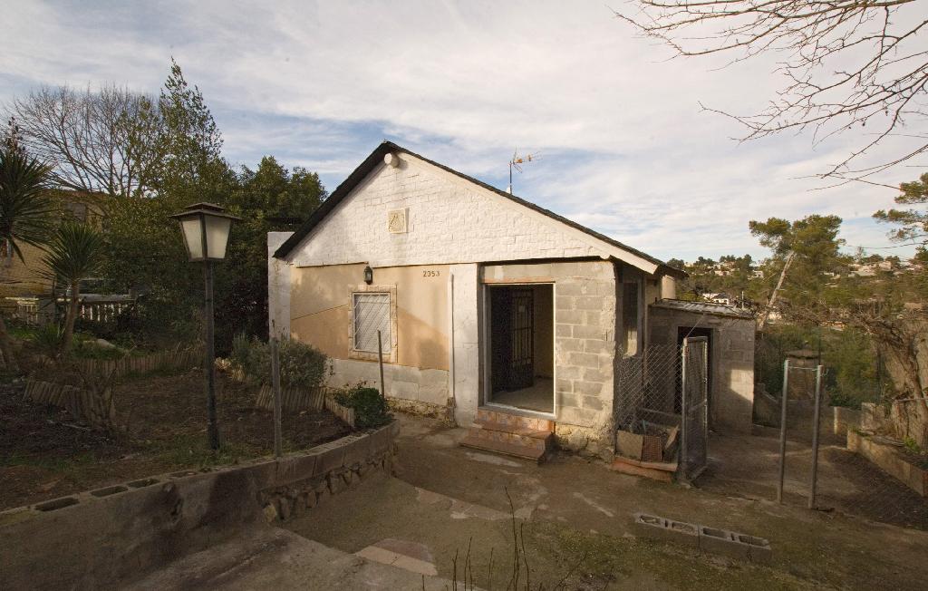 Casa en venta en La Torre de Claramunt, Barcelona, Calle Serra del Cadi, 75.000 €, 3 habitaciones, 1 baño, 104 m2