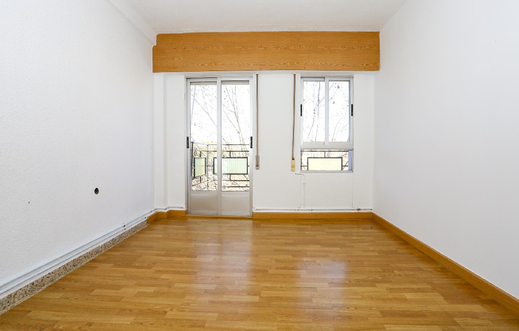 Piso en venta en Piso en Albacete, Albacete, 70.000 €, 3 habitaciones, 1 baño, 113 m2