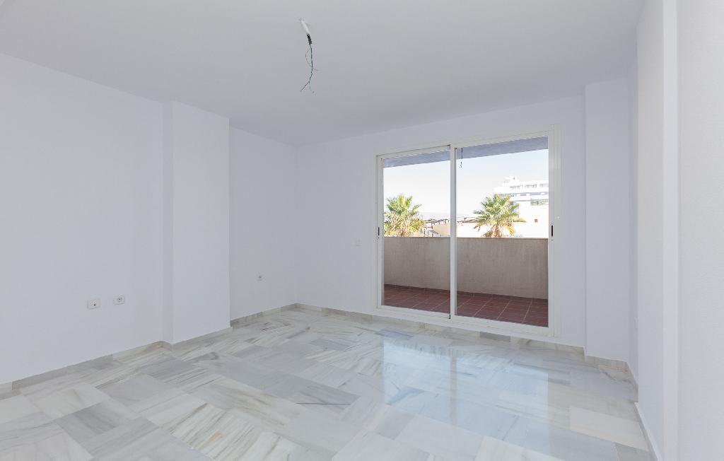 Piso en venta en Roquetas de Mar, Almería, Avenida Rosita Ferrer, 59.000 €, 1 habitación, 1 baño, 57 m2