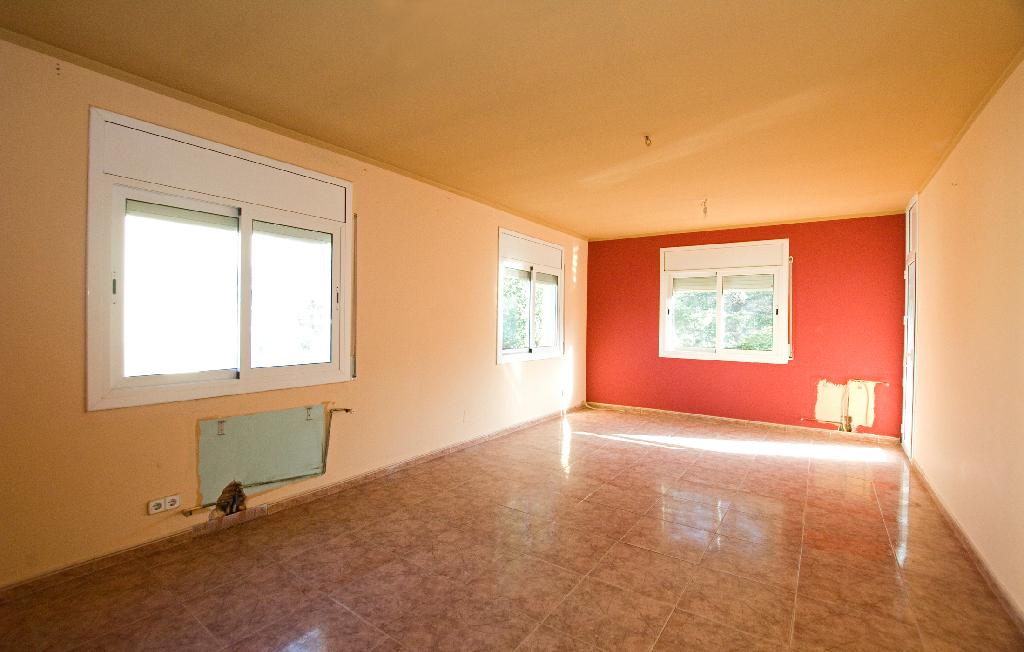 Casa en venta en Piera, Barcelona, Calle Riu Segre, 180.500 €, 3 habitaciones, 1 baño, 233 m2
