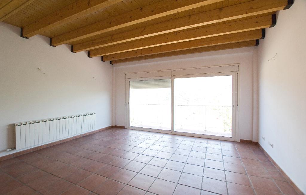Casa en venta en Cercs, Barcelona, Calle Sant Salvador, 148.500 €, 4 habitaciones, 3 baños, 163 m2