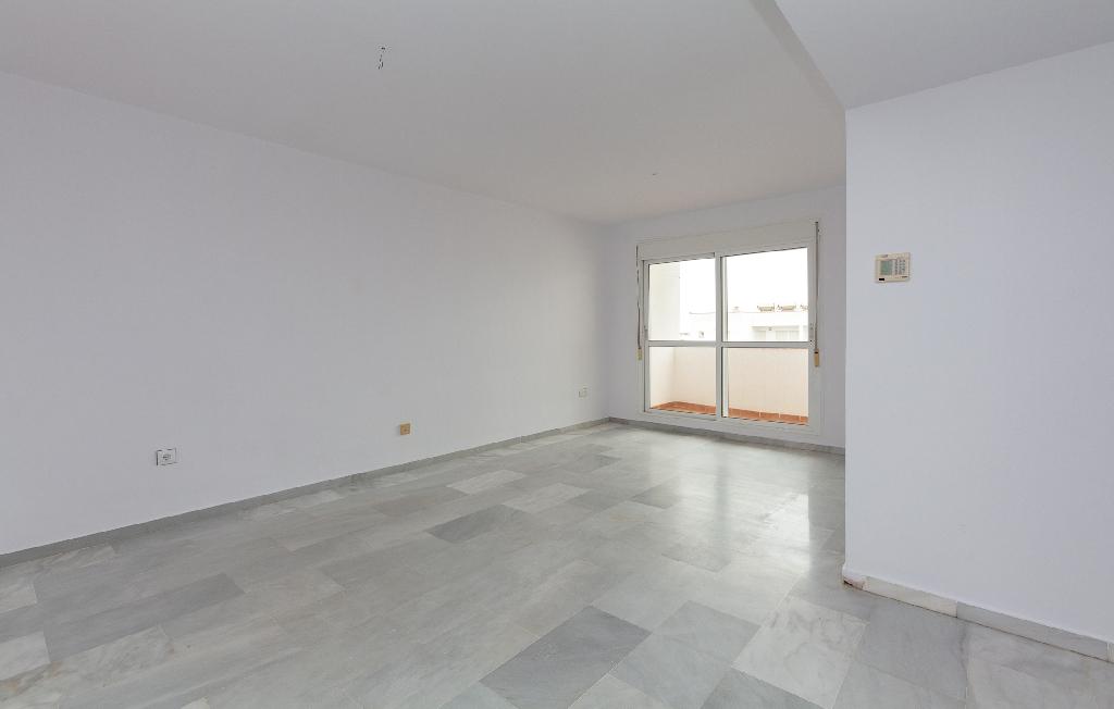 Piso en venta en Almería, Almería, Avenida Juegos del Mediterraneo, 104.000 €, 2 habitaciones, 2 baños, 99 m2