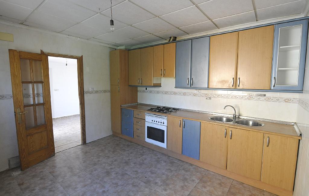 Piso en venta en Pedanía de Era Alta, Murcia, Murcia, Calle Almohajar, 65.000 €, 3 habitaciones, 1 baño, 105 m2