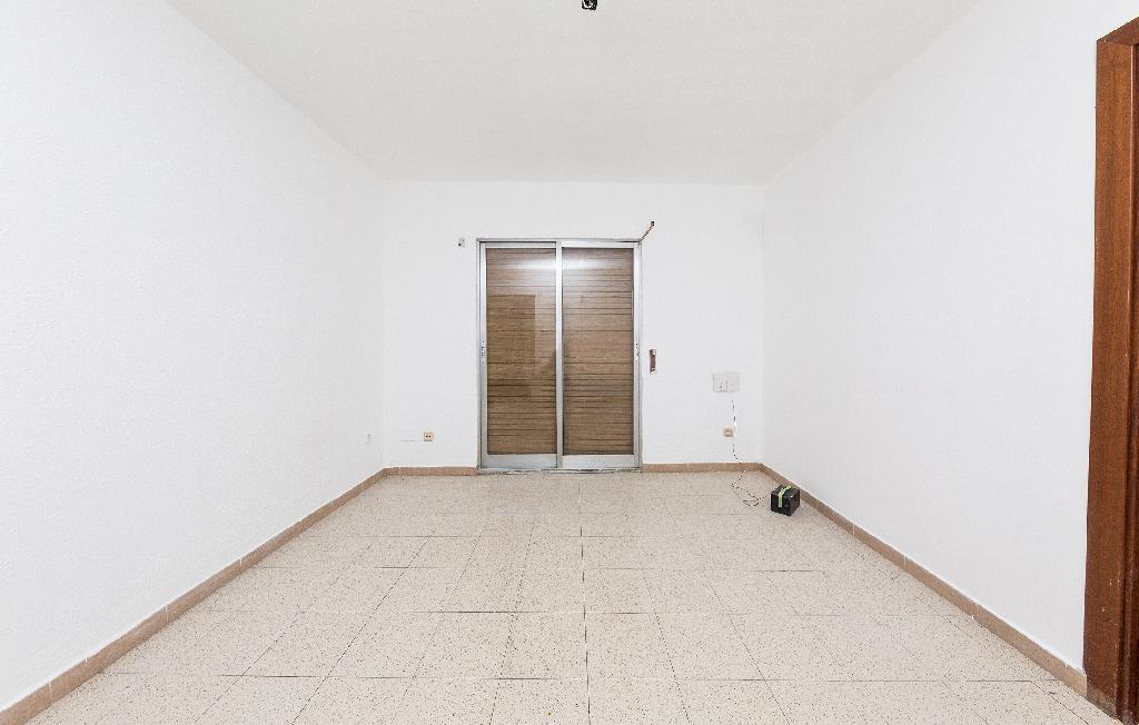 Piso en venta en Ciutat Vella, Santa Coloma de Gramenet, Barcelona, Avenida Pallaresa, 164.000 €, 3 habitaciones, 1 baño, 59 m2