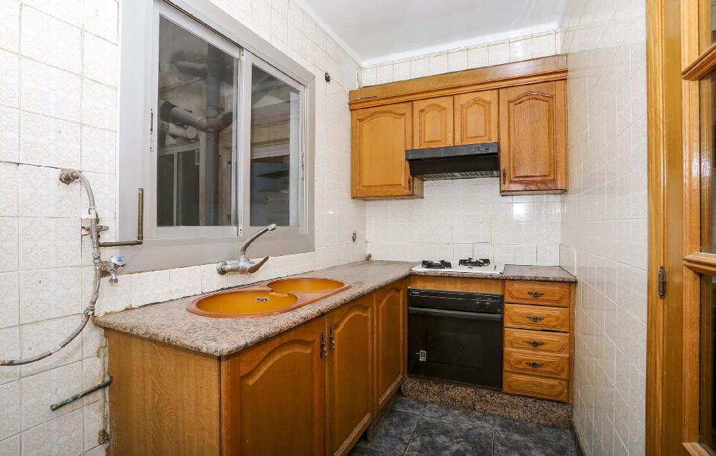 Piso en venta en Piso en Valencia, Valencia, 48.000 €, 2 habitaciones, 1 baño, 76 m2