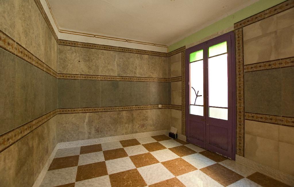 Piso en venta en Igualada, Barcelona, Calle Sant Miquel, 53.000 €, 2 habitaciones, 1 baño, 73 m2