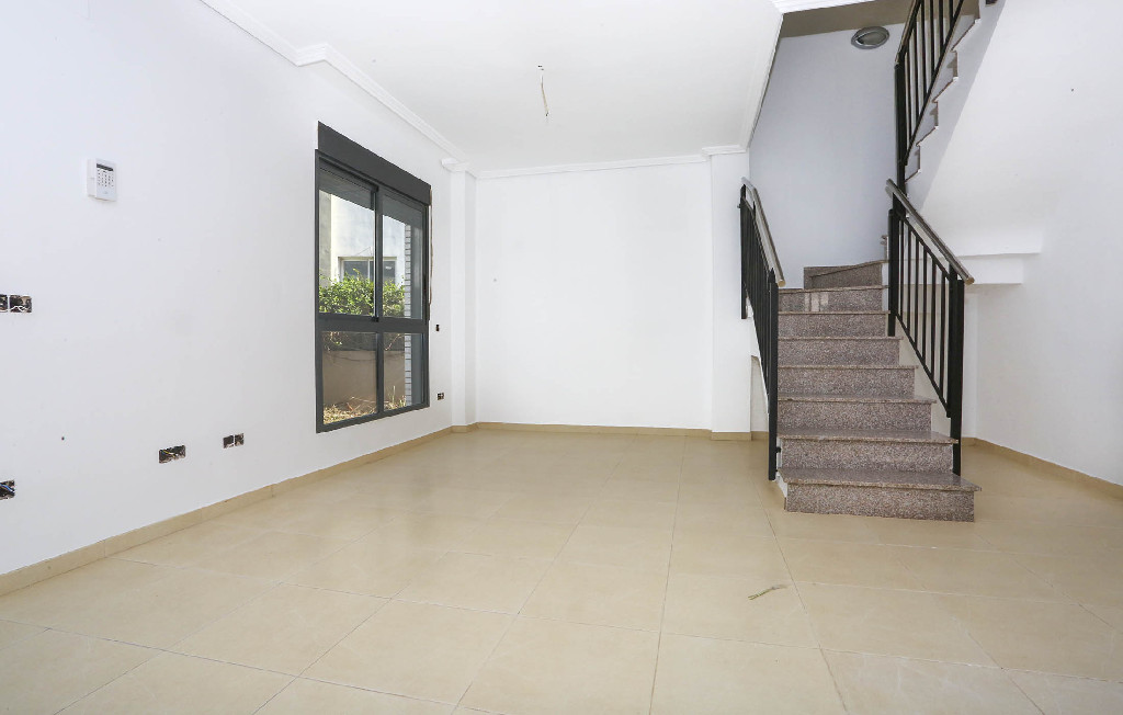 Casa en venta en Almazora/almassora, Castellón, Calle Catalans, 73.000 €, 3 habitaciones, 3 baños, 104 m2