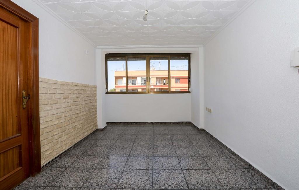 Piso en venta en Valencia, Valencia, Calle Bernabe Garcia, 40.000 €, 3 habitaciones, 1 baño, 61 m2